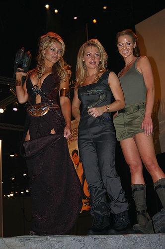 Stargate Girls na E3 by Michael Heilemann